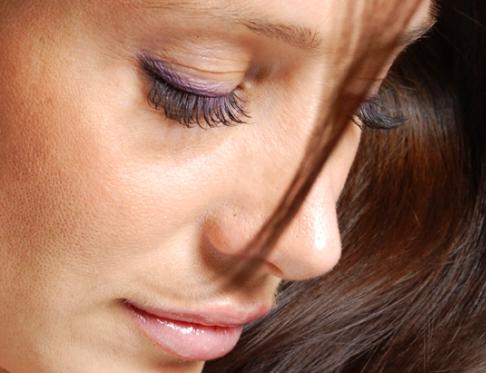 Как избавиться от грыж под глазами - прежде всего ведите здоровый образ жизни!