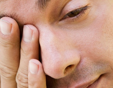 Болит горло с правой стороны и шея