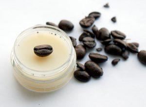 Кофейный крем для кожи вокруг глаз