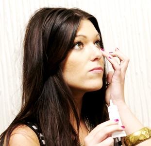 Как выбрать крем от морщин вокруг глаз после 30 лет