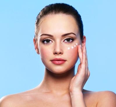 уход за кожей вокруг глаз до 25