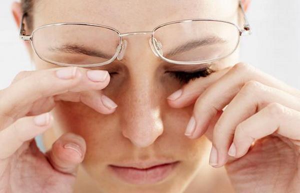 причины заболевания синдром сухого глаза