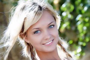 цвет волос для серо-голубых глаз
