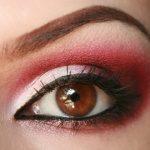 макияж с красными тенями для карих глаз