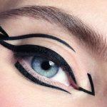 Графичный макияж