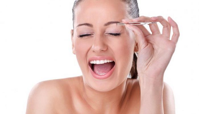 Какой способ выщипать брови следует выбрать для домашней коррекции?