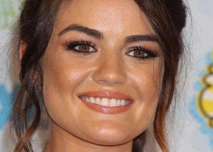 Правильно подобранные брови способны преобразить лицо и сделать вас моложе