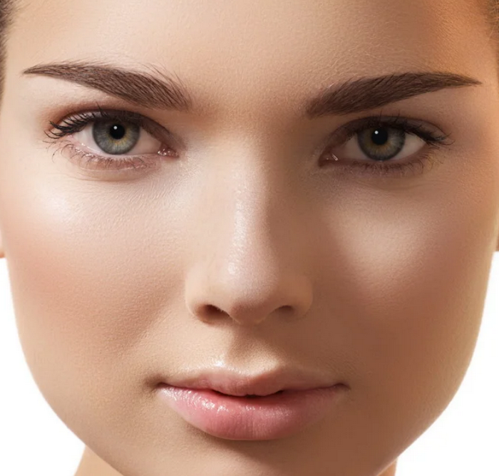 Важно подобрать такую форму, чтобы лицо визуально казалось уже