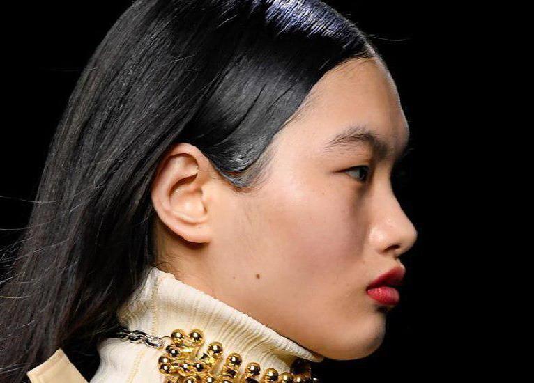 Как мы будем краситься в 2020-м: 9 актуальных трендов макияжа