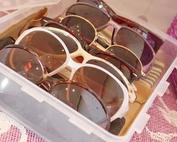 Храните очки в специальном месте