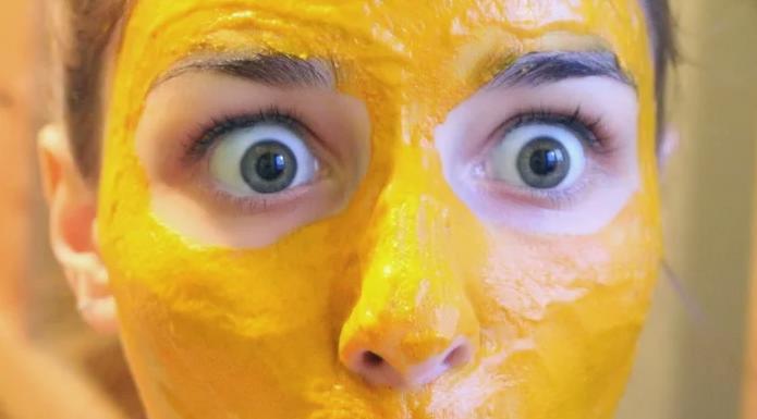 Куркума от морщин: как применять под глаза
