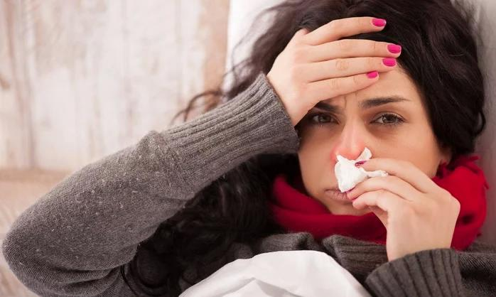 Красные глаза при простуде, гриппе и ОРВИ — это нормально? Стоит ли лечить?